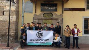 Fatih Gençlik Vakfı Konya Şubesi Tarihi Eserlerin İzini Sürdü